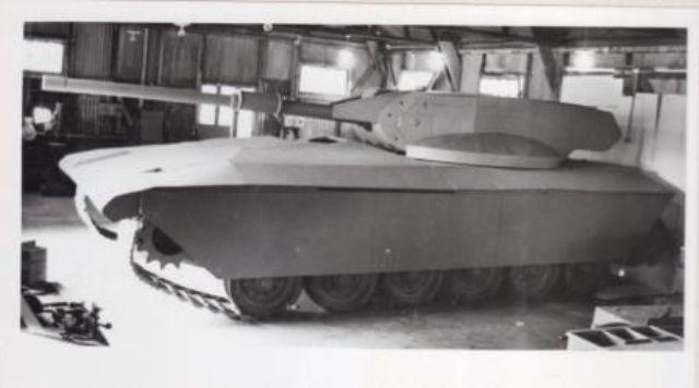 טנק מרכבה ככה צהל שיקר לחיילים ושלח אותם למותם בלבנון  Scr1_7